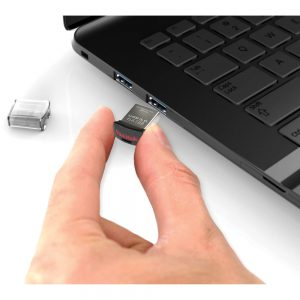 SanDisk Ultra Fit 32 GB.